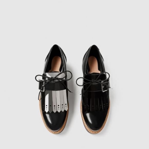 22bfc1a10be4 NWT Zara Reversible Fringe Derby Oxford Platform